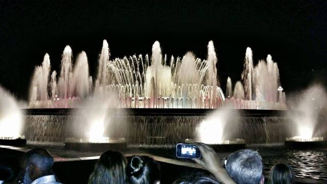 amazing-show-in-monjuic-by-the-magic-fountain