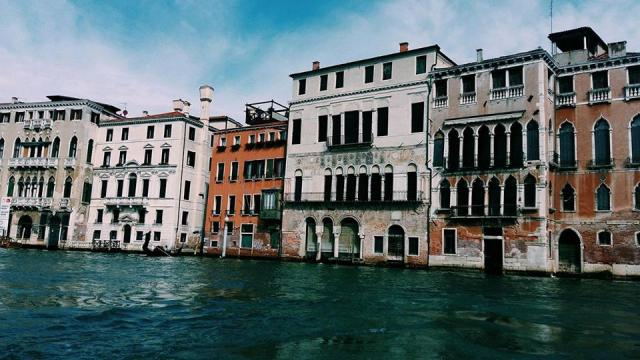 beautiful-houses-in-venice
