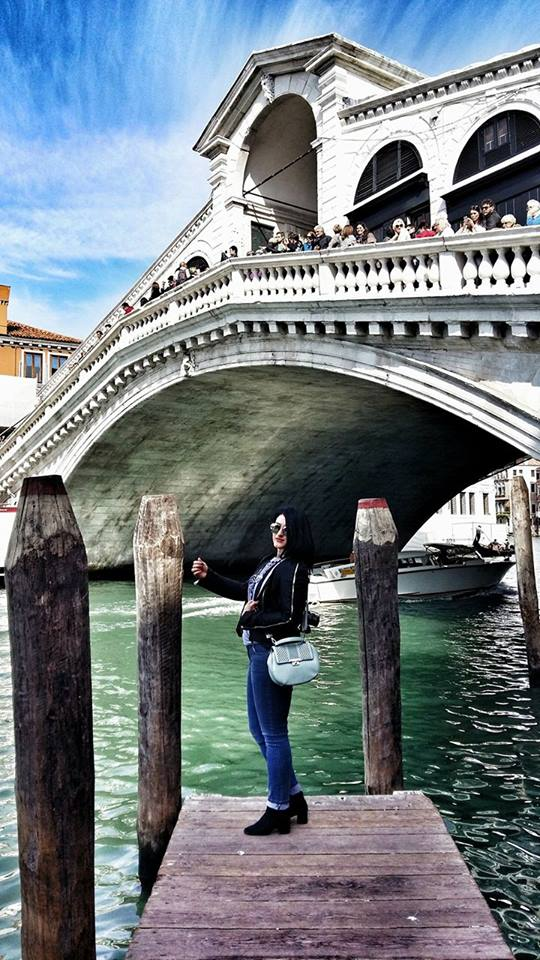 beautiful-view-of-rialto-bridge-and-grand-canal