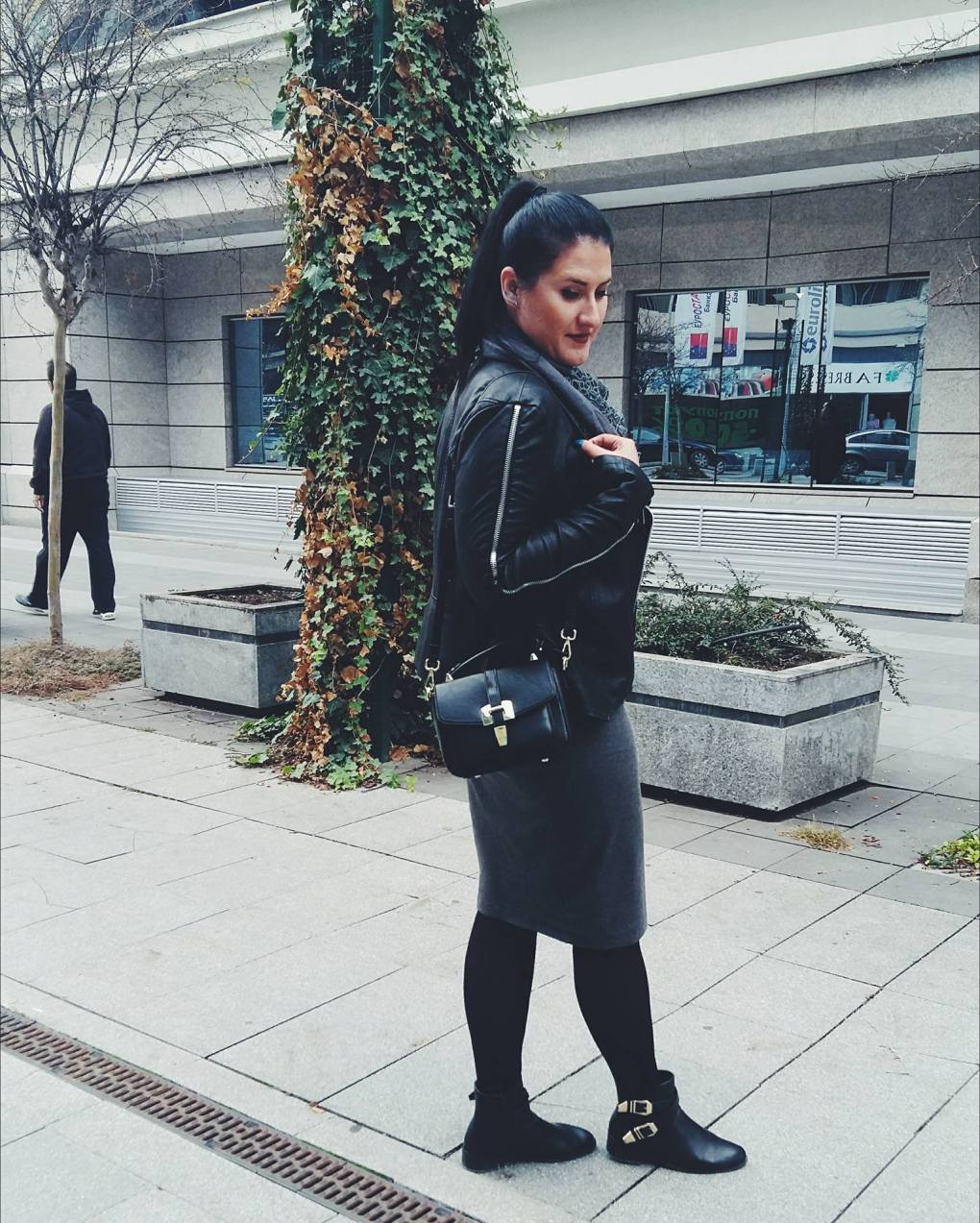 zorica-posing-for-the-last-bag-from-zaful