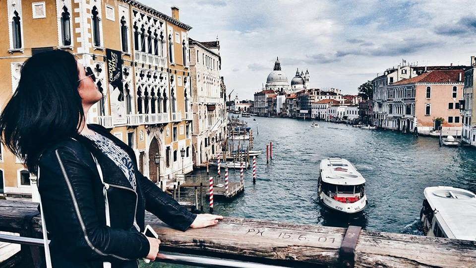 zorica-taking-pictures-on-accademia-bridge-in-venice