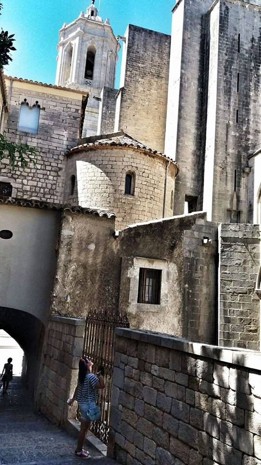 oldtown_in_girona_archtecture