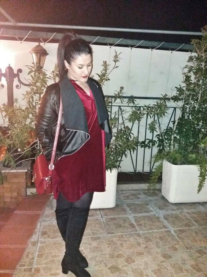 zaful_red_velvet_dress_black_jacket