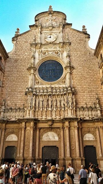 Church_montserrat_monastery_spain