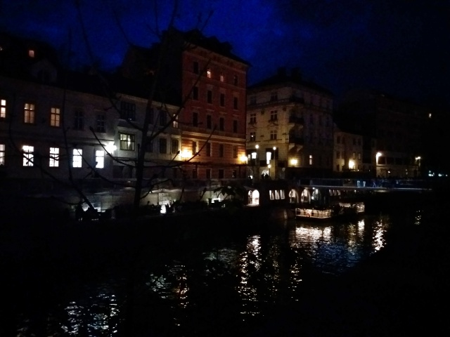 Beautiful_Ljubljana_by_night