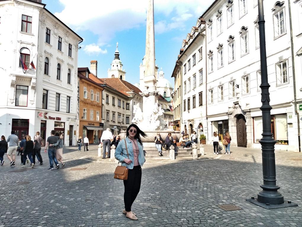 Robba_Fountain_Ljubljana_Sl