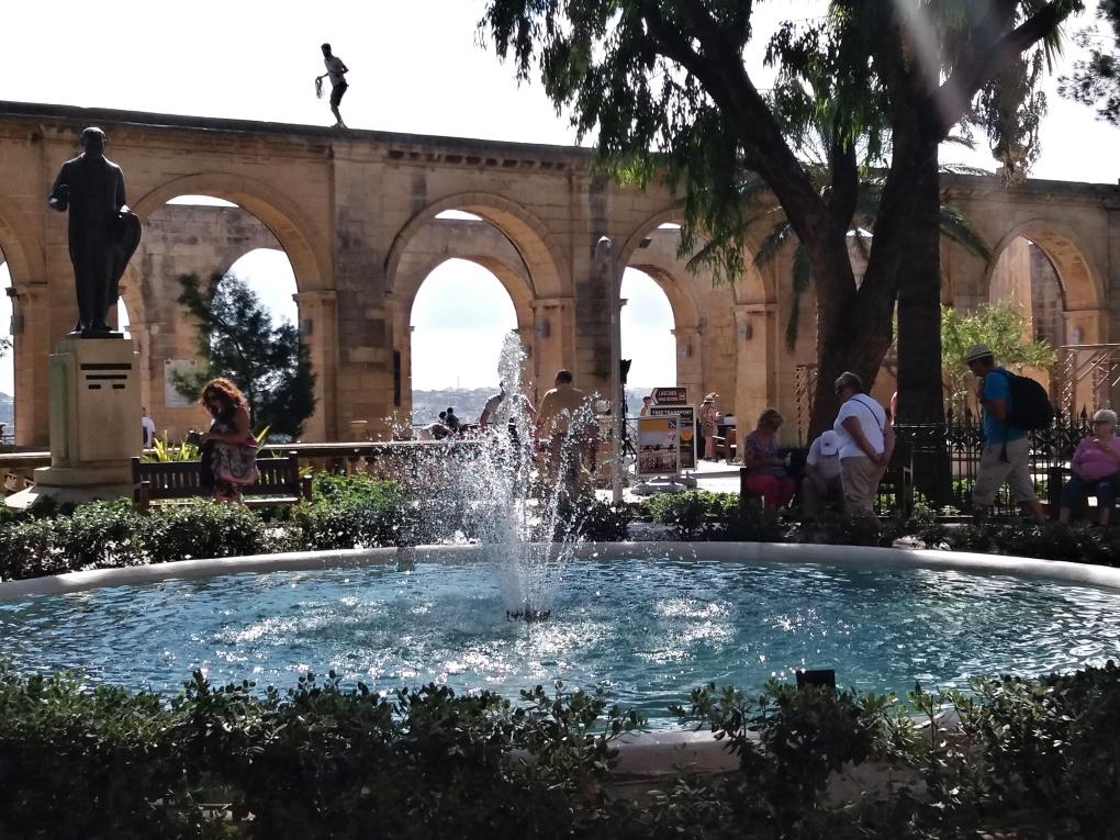 Upper_barrakka_gardens_Maltaaa