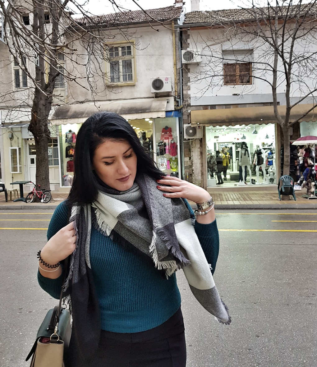 zaful_review_scarf_sweater