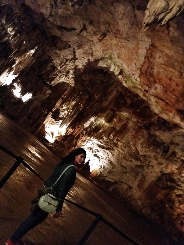 inside_postojna_cave