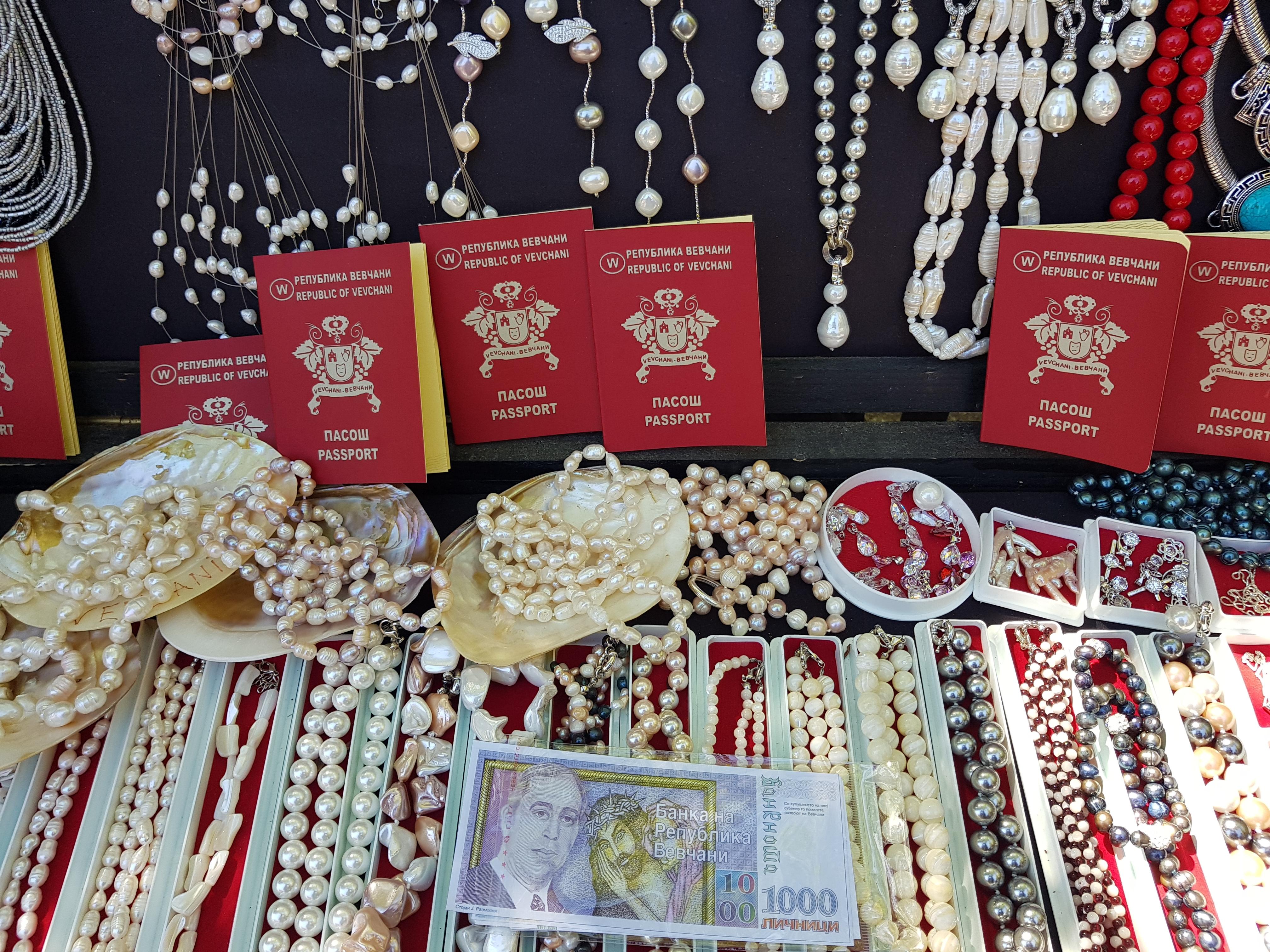 vevcani_passport_money