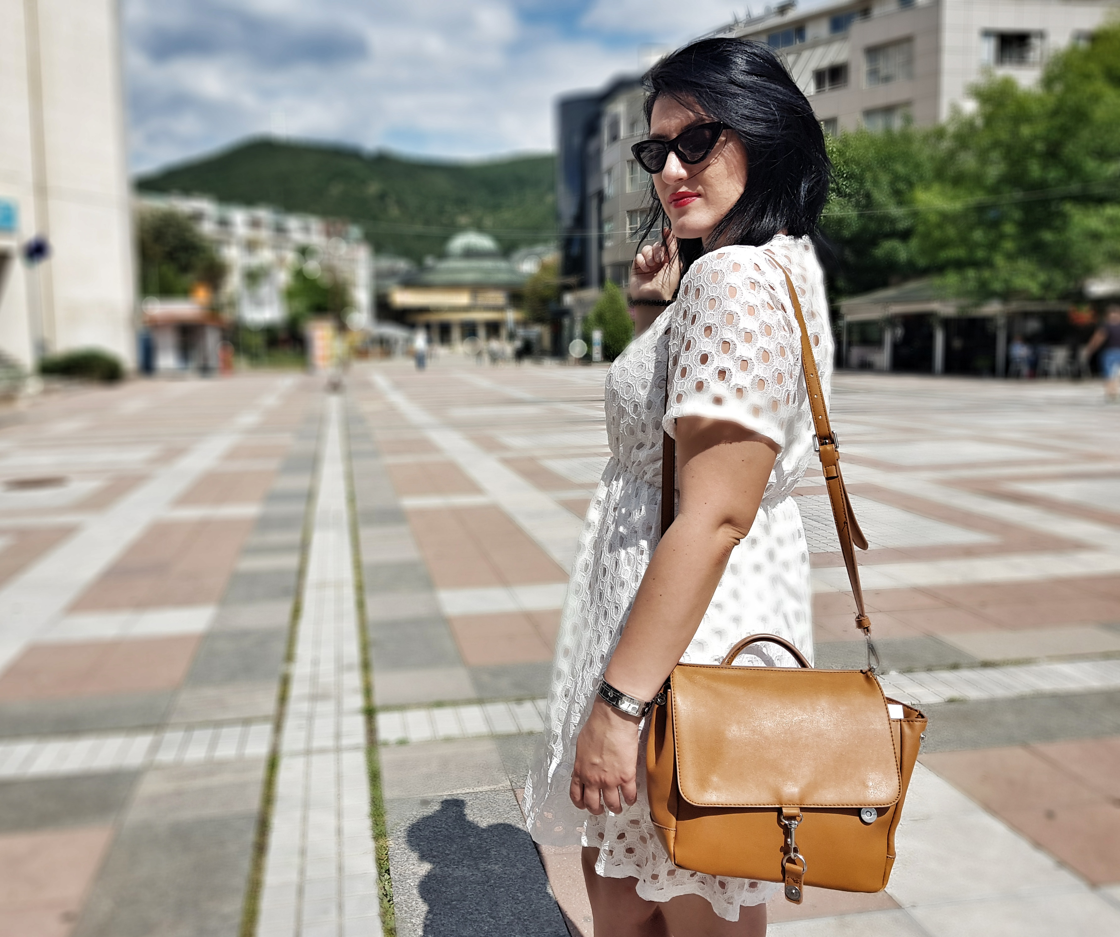 white_dress_brown_bag_zaful_review