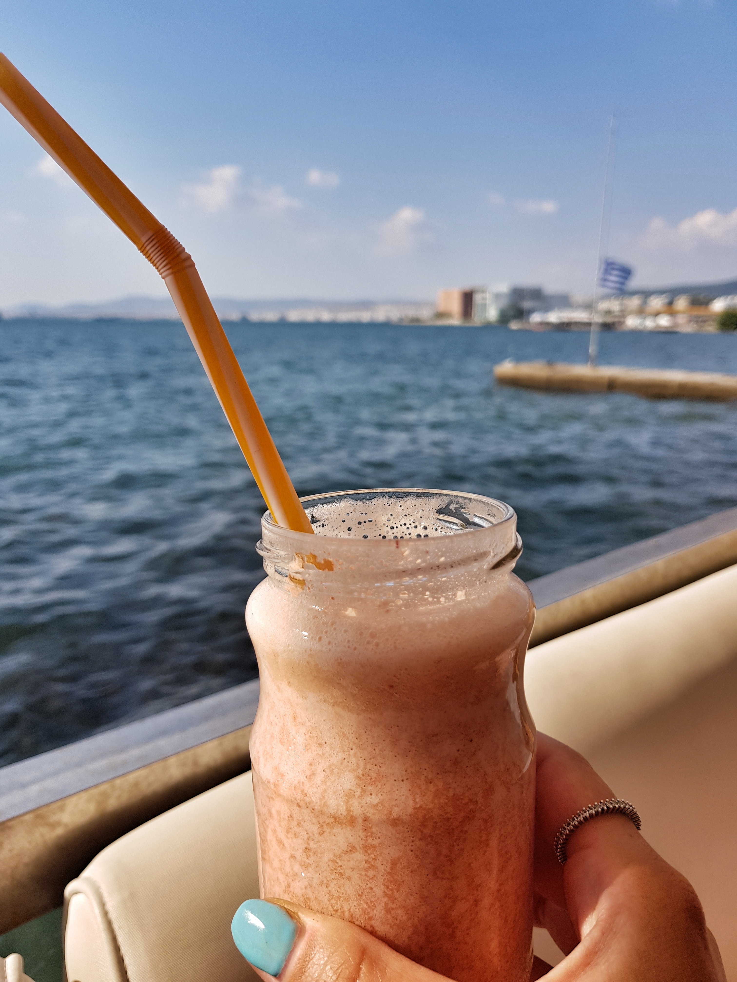 smoothie_shark_bar_thessaloniki