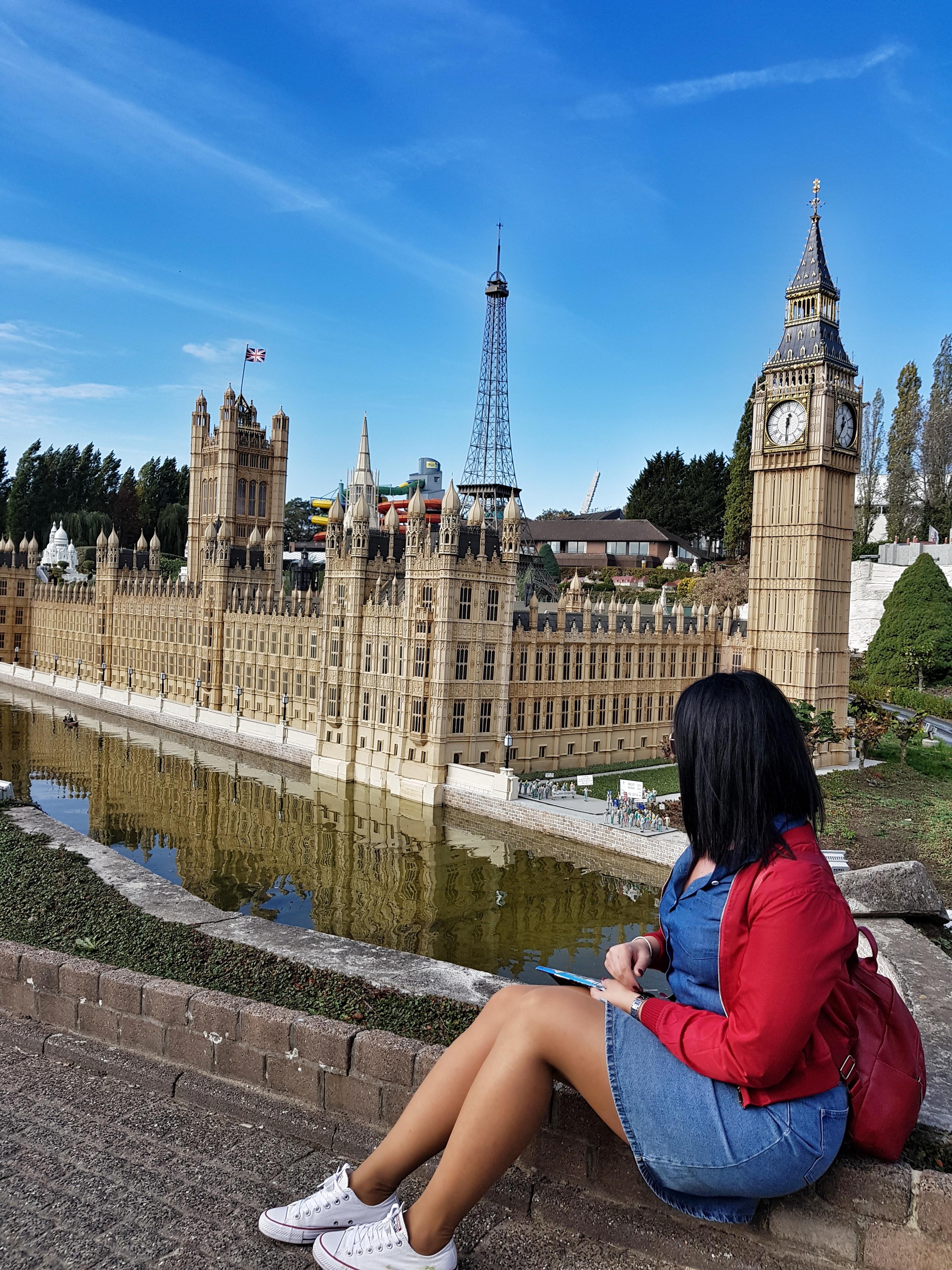 minieurope_london_brussels_redjacket_yoins