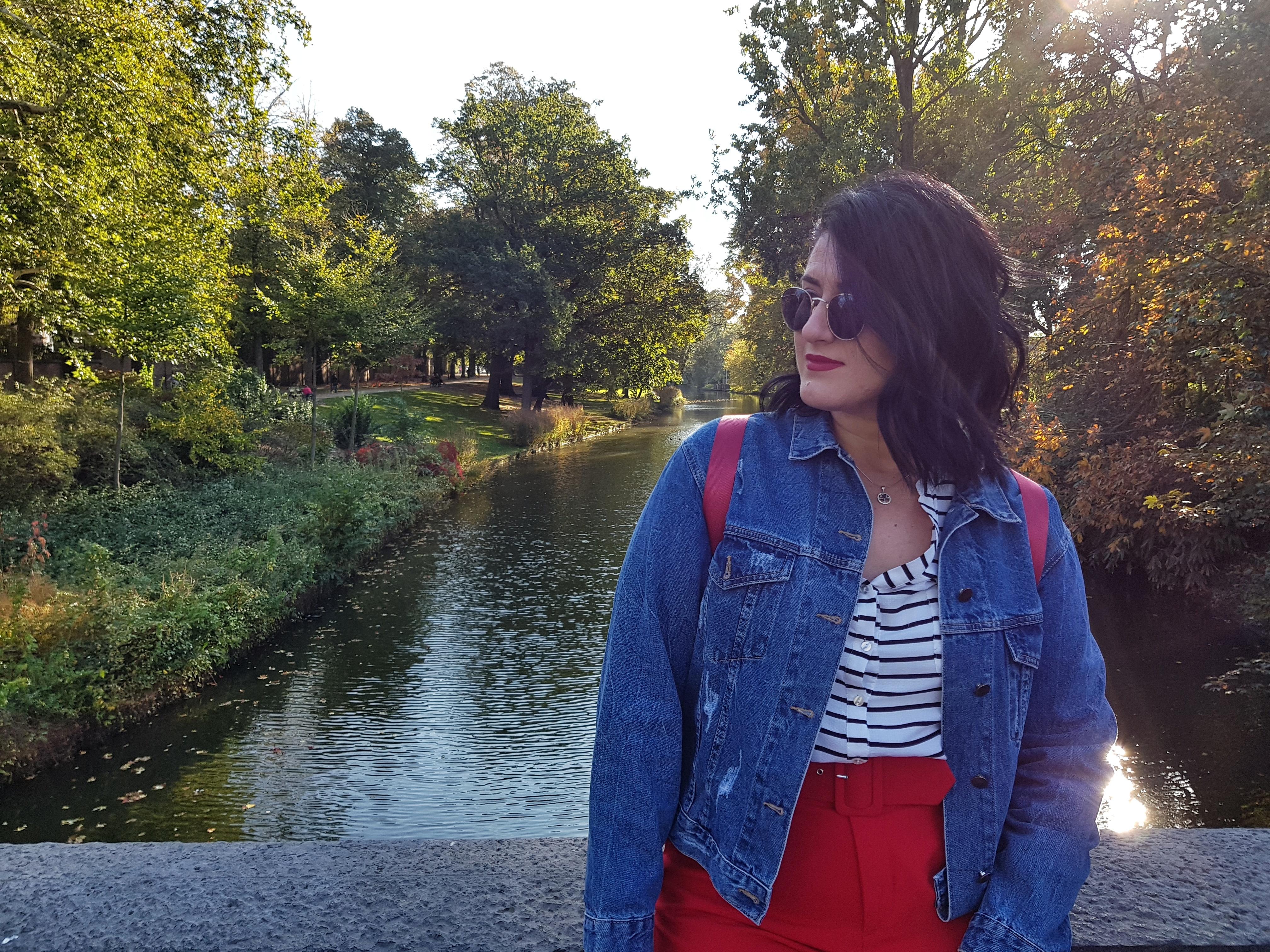 rosegal_brugge_bruges_belgium_curlly_hair_wand_review