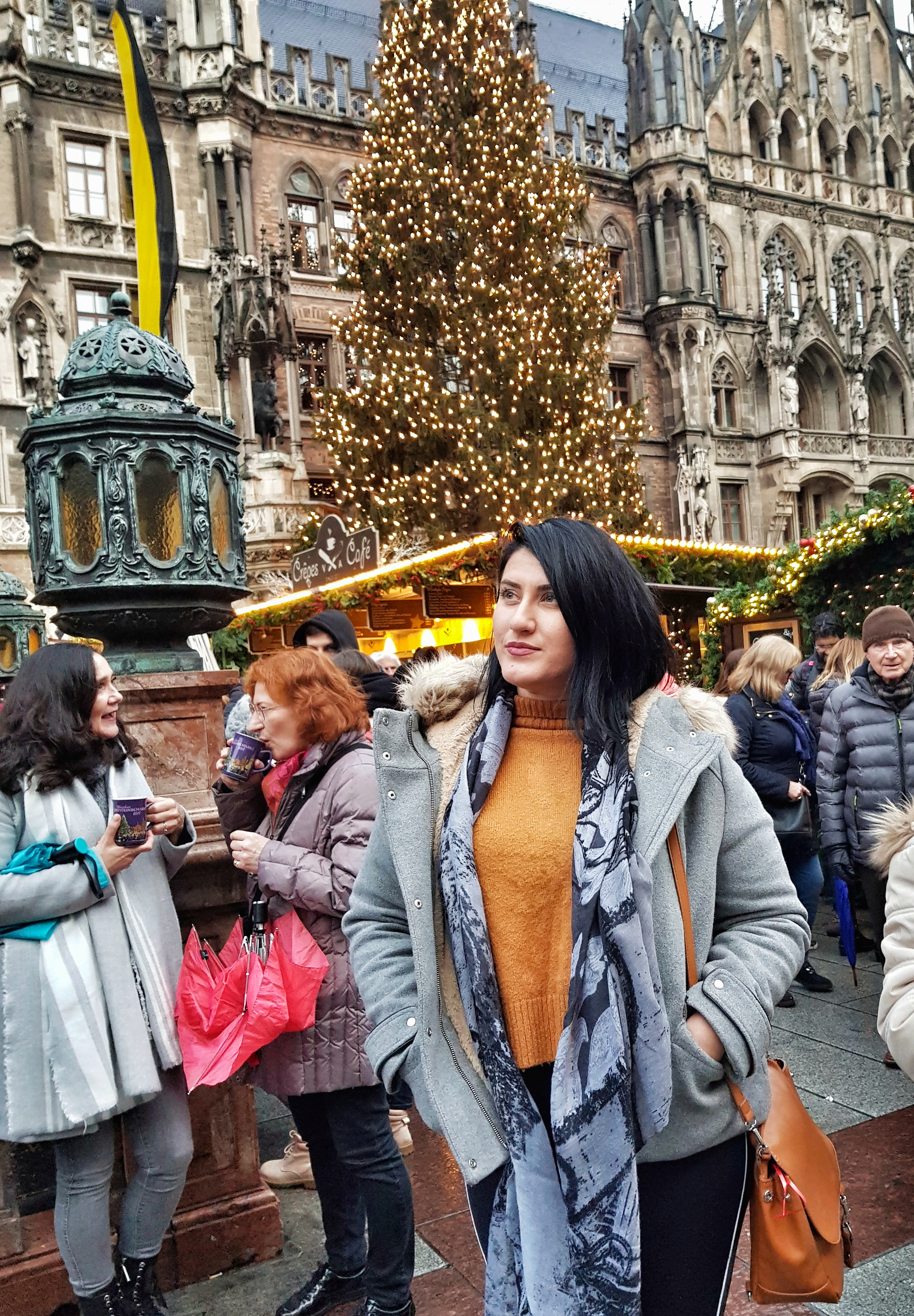 Marienplatz_festive_munich