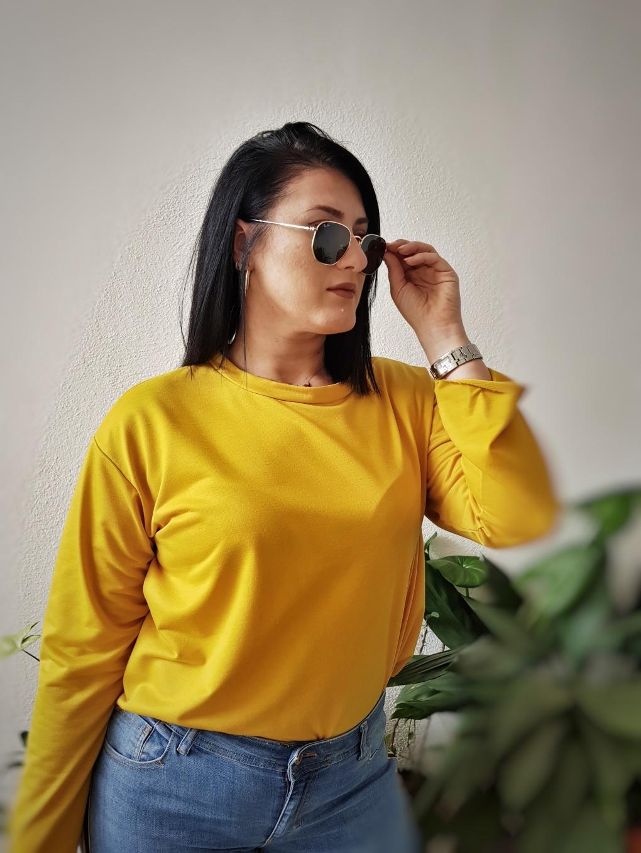 yellow_dresslily_top