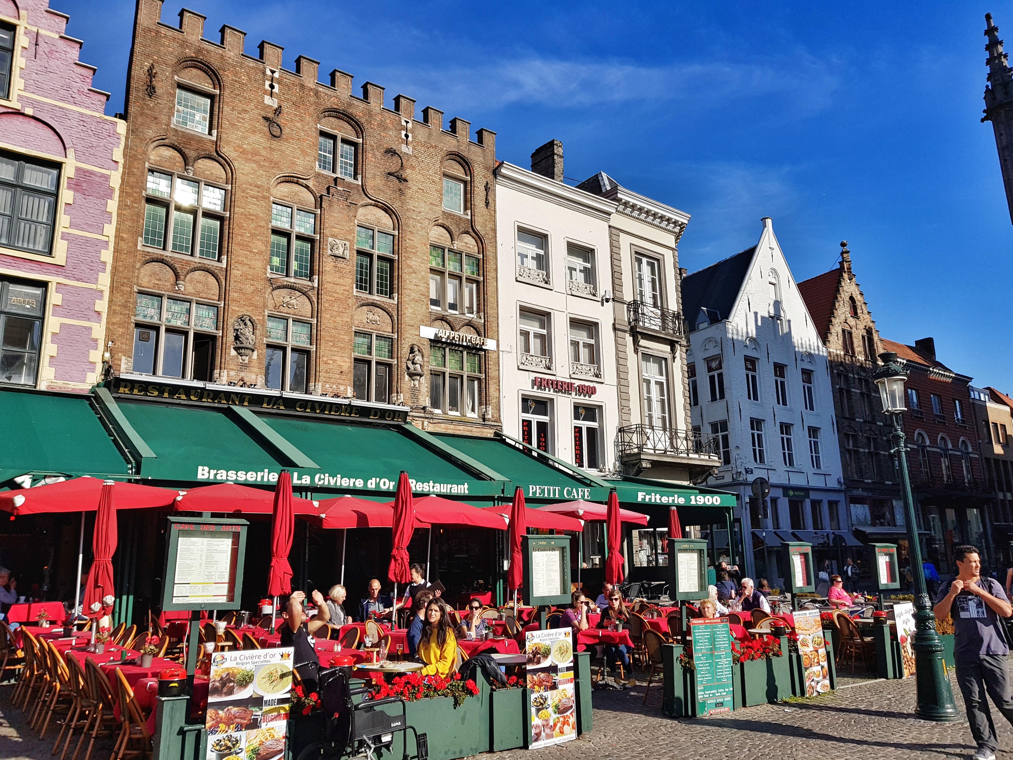 ColorfulHouses_Belgium_Brugge_bruges
