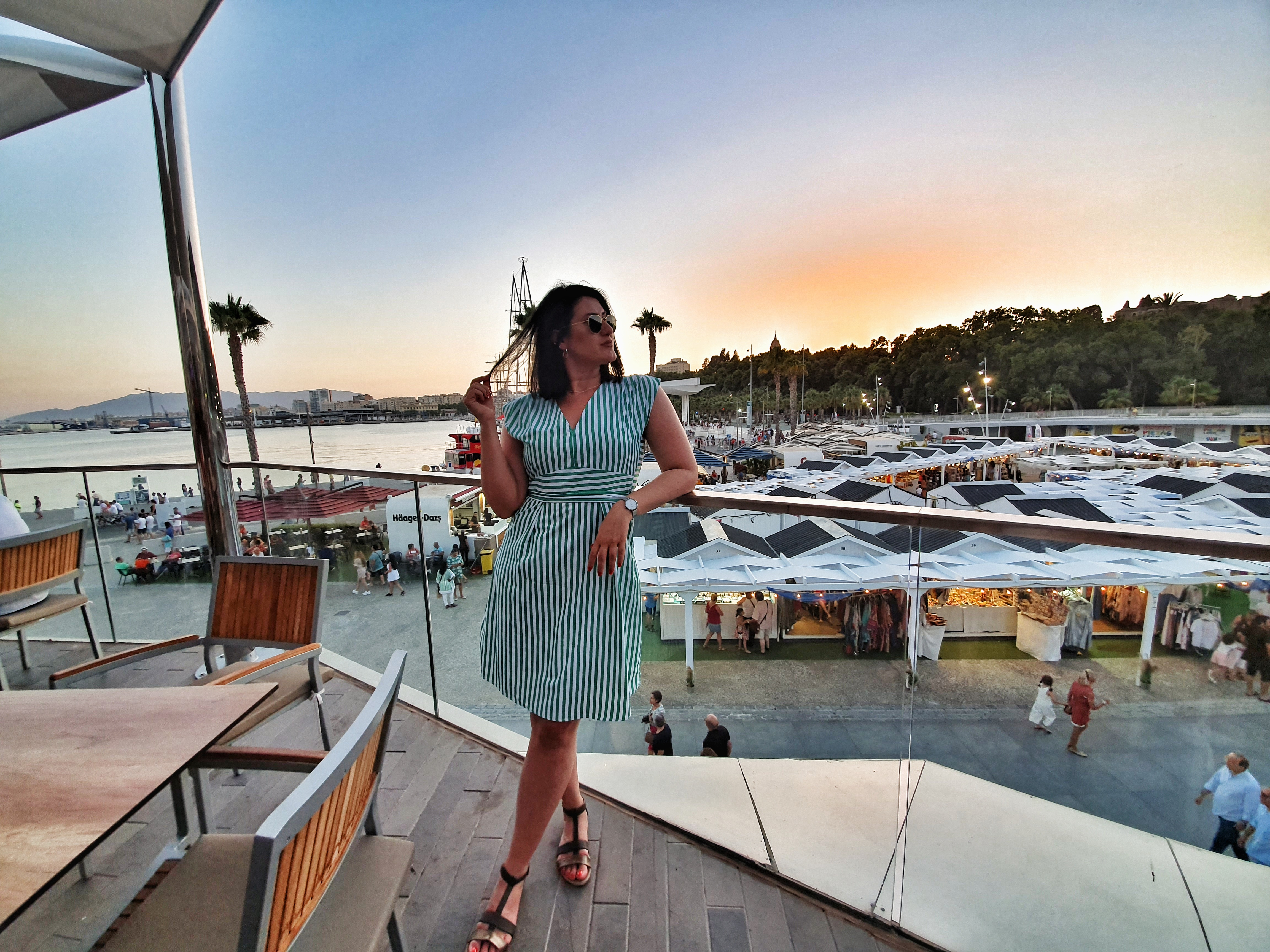 sunsetsinMalaga_hardrockcafe_rooftoprestaurant
